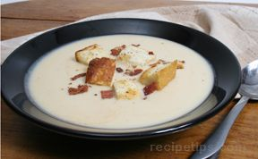 Creamy Potato Soup with Bacon Croutons