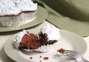 chocolate sour cream cupcakes Recipe