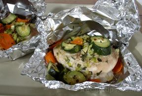 Baked Chicken and Vegetables in Foil