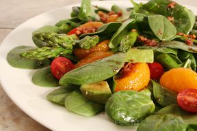 Spinach Asparagus Tomato and Orange Salad