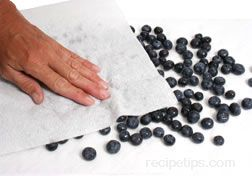 Preparing Blueberries for Cooking