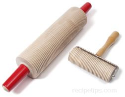 Grooved Rolling Pin Definition And Cooking Information Recipetips Com
