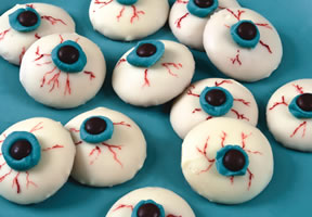 Halloween Recipes - Creepy Eyeballs