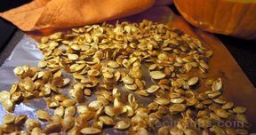 caramelized pumpkin seeds Recipe