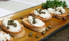 Goat Cheese and Shallot Toasts Recipe