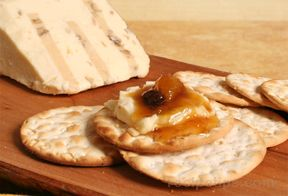Gourmandise Walnut Cheese and Crackers Recipe