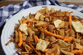 garbage bag ranch party mix Recipe