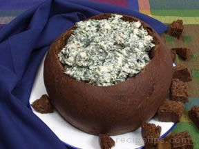 Spinach Dip in Rye Bread