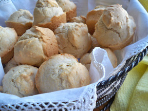 Beer Biscuits Recipe - RecipeTips.com