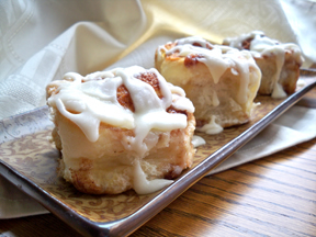 Cinnamon Rolls And Caramel Rolls