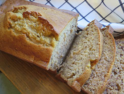 Moist Applesauce Banana Bread