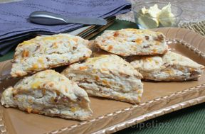 Savory Cheese and Bacon Scones Recipe
