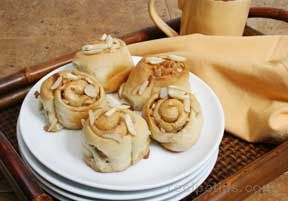 Almond Cinnamon Rolls Recipe