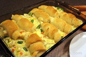 Easy Chicken Pot Pie with Crescent Rolls
