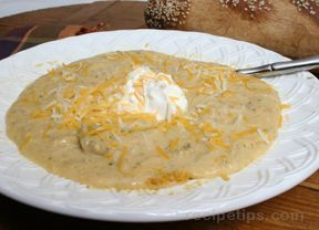 Slow Cooker Potato Broccoli and Cheddar Soup Recipe