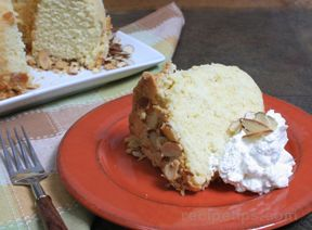 almond pound cake Recipe