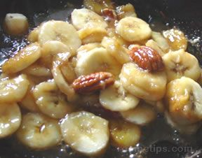 Caramel Glazed Bananas with Pecans