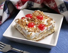 banana split dessert with pineapple Recipe