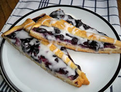 Blueberry Dessert Pizza