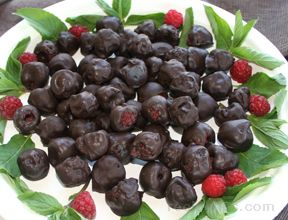 Chocolate Covered Raspberries