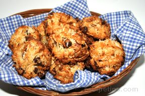coconut chocolate macaroons Recipe