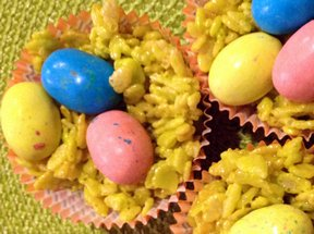 Easter Mini Krispy Nests