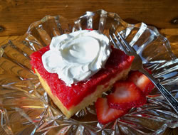 fresh strawberry upside down cake Recipe