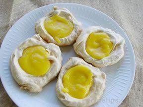 Lemon Meringues