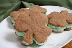 Minty Ice Cream Sandwiches