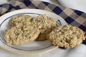 raisin and oatmeal cookies Recipe