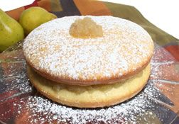 Sponge Cake with Pear Marmalade