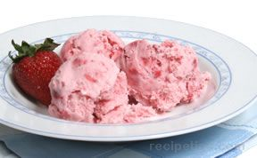 Homemade  Ice Cream - Strawberry