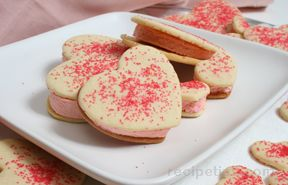 Valentine Ice Cream Cookies