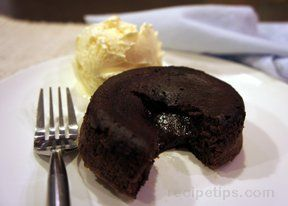 warm chocolate molten lava cake Recipe