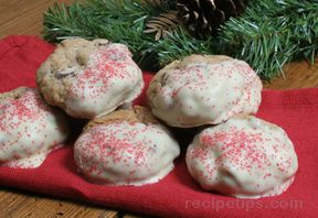 White Chocolate Dipped Oatmeal Cranberry Cookies