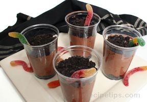 wiggle worm dirt pudding Recipe