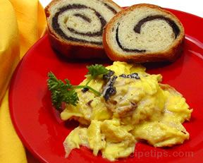 Truffle Cream Sauce with Eggs Recipe