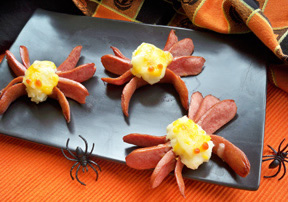 Halloween Spider Hot Dogs and Potatoes