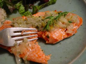 Baked Salmon with Tarragon - Lemon Sauce