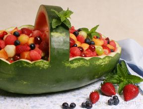 watermelon fruit basket Recipe