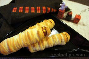 Halloween Mummy Hot dogs Recipe