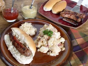 Grilled Bratwurst With Onions and Beer