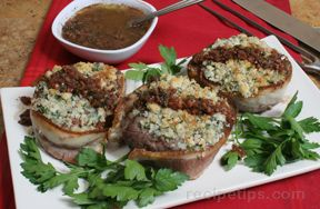 Blue Cheese Crusted Steaks with Red Wine Sauce