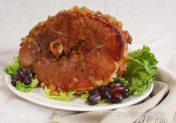 Baked Ham with Golden Raisin Glaze Recipe