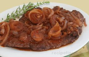 round steak smothered in onions Recipe