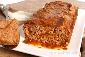 Turkey Meat Loaf with Cheese and Spinach Sauce