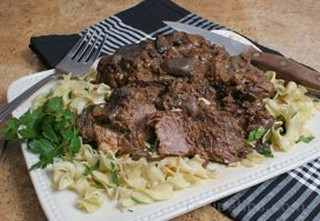 wine braised chuck roast Recipe