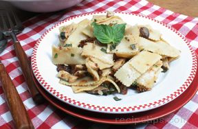 grilled chicken with pasta sun-dried tomatoes and mushrooms Recipe