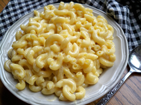 Moms Homemade Macaroni and Cheese
