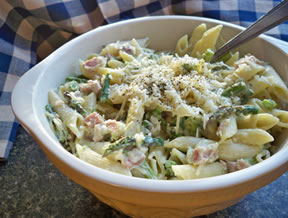 Penne with Ham and Asparagus